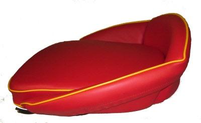 sitzkissen traktorkissen niedere lehne rot gelb f r traktor schlepper holder porsche. Black Bedroom Furniture Sets. Home Design Ideas